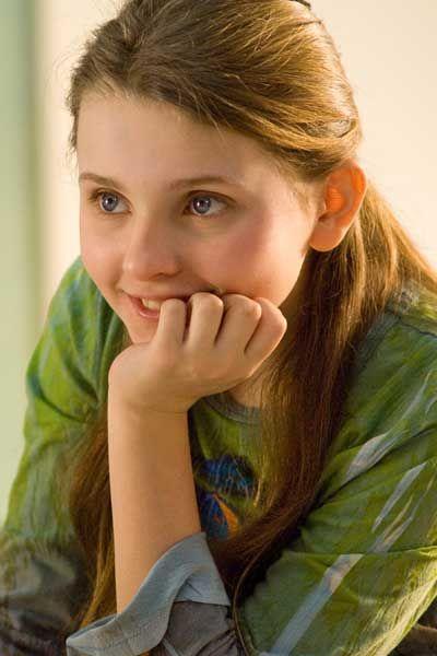 Abigail Breslin , foto mais antiga dois em pinterest.com