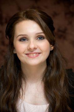 Abigail Breslin , foto mais antiga um em pinterest.com