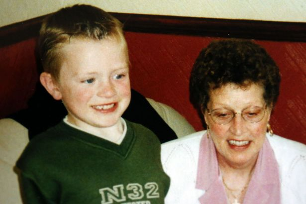 Adam Peaty, foto de infância um em mirror.co.uk