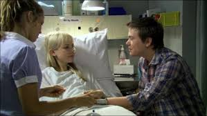 Adelaide Clemens Erster Film: Blue Water High