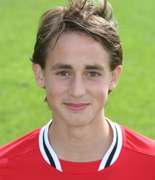 Adnan Januzaj childhood photo one at topnews.in