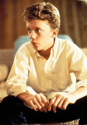ANTHONY MICHAEL HALL GAY OR STRAIGHT