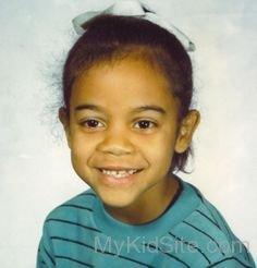 Zoe Saldana childhood photo one at Mykidsite.com