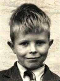 David Bowie kindertijd foto een via pinterest.com