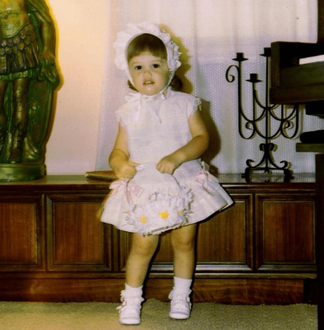 Gwen Stefani childhood photo two at wordpress.com