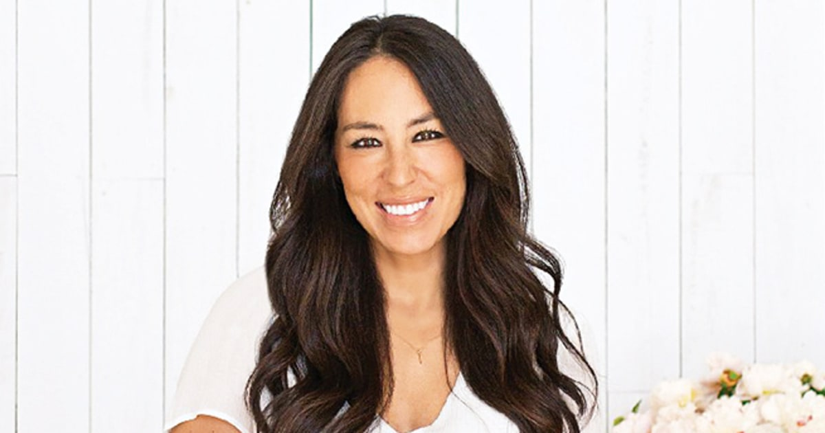 Joanna Gaines - the hot, beautiful, passionate,  tv-personality  with German, Lebanese, South-Korean,  roots in 2019