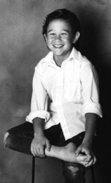 Joseph Gordon-Levitt childhood photo three at pinterest.com