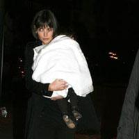 Katie Holmes Denies Pregnancy Report