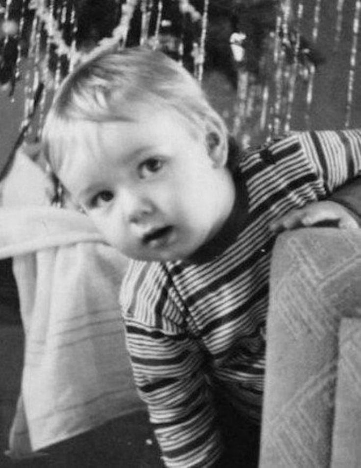Kevin Spacey kindertijd foto een via pinterest.com