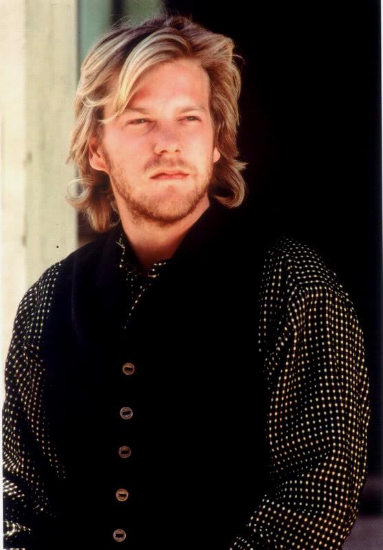 Kiefer Sutherland photos plus jeunes deux à pinterest.com