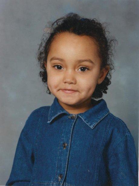 Leigh Anne Pinnock, foto de infancia uno en pinterest.com