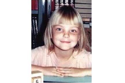 Caroline Trentini kindertijd foto een via