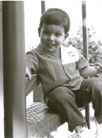 Tim Curry kindertijd foto een via houstonpress.com