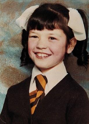 Catherine Zeta-Jones kindertijd foto twee via Dailymail.co.uk