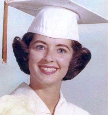 Paula Deen jüngeres Foto eins bei Pinterest.com