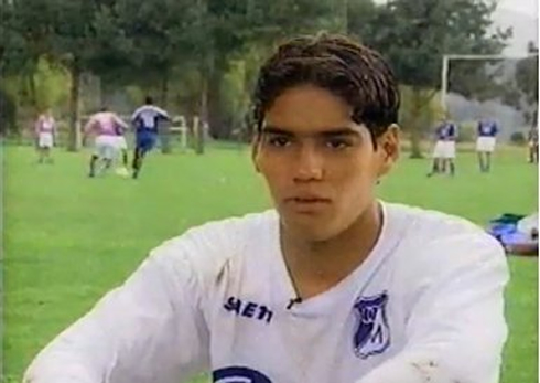Radamel Falcao - foto más antigua uno en ronaldo7.net