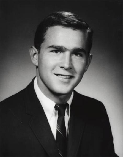 George Bush jaarboek foto twee via Pinterest.com at Pinterest.com