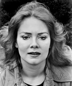 Jean Smart younger photo one at Pinterest.com