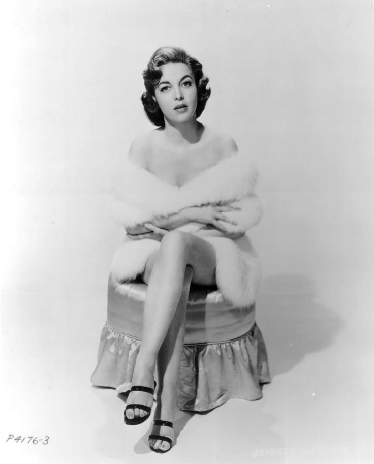 Beverly Garland jongere foto twee via pinterest.com