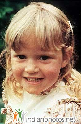 Kate Winslet childhood photo two at Indianphotos.net