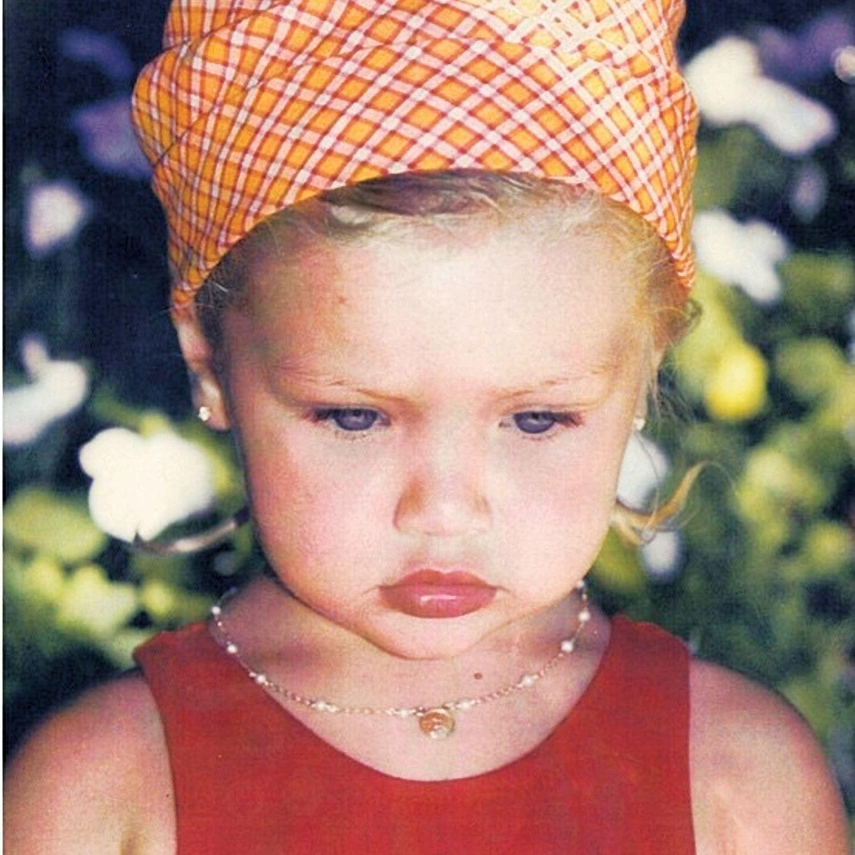 Gigi Hadid Kindheitsoto zwei bei Thesun.co.uk