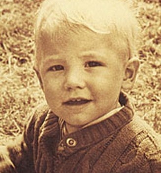 Ben Affleck childhood photo one at pinterest.com