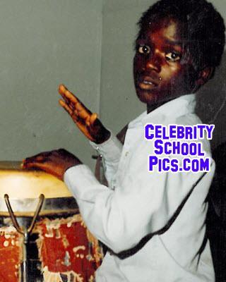 Akon, foto de anuário um at pinterest.com em pinterest.com