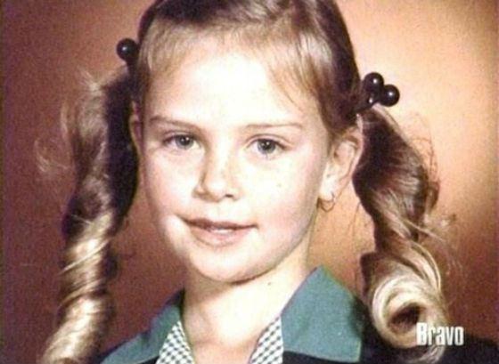 Charlize Theron childhood photo two at photographiya-sharlizteron.html