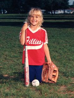 Carrie Underwood childhood photo one at pinterest.com