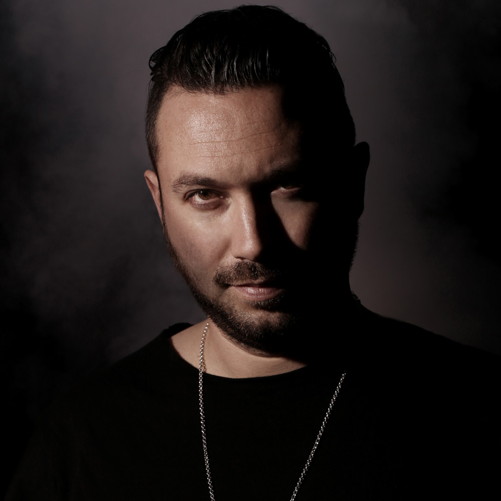 Nic Fanciulli - the cool, hot,  musician, DJ,   with English roots in 2020
