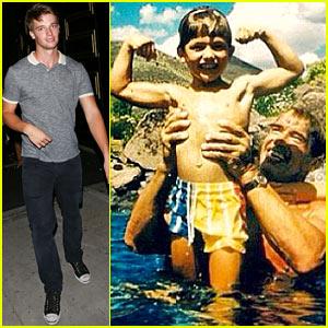 Patrick Schwarzenegger kindertijd foto een via Justjared.com