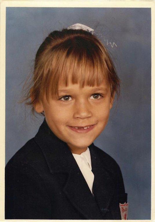 Rashida Jones childhood photo one at alloy.com
