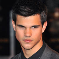 INTERVIEW Taylor Lautner Ate 'Disgusting Meat Patties' To Build New Moon Muscles