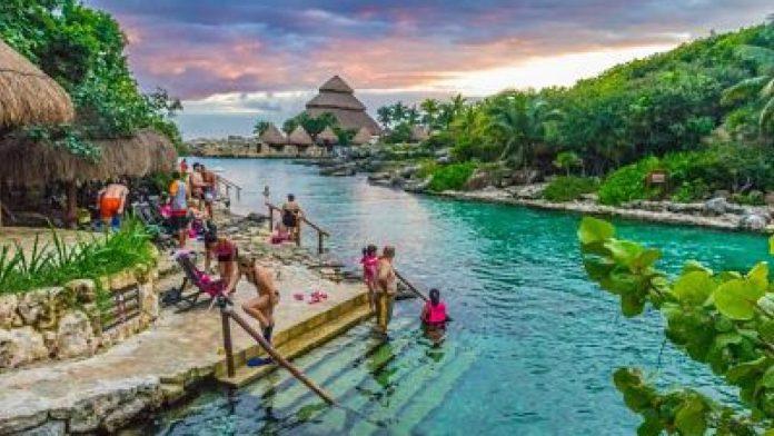 Xcaret, el mejor parque temático del mundo - Entorno Turístico