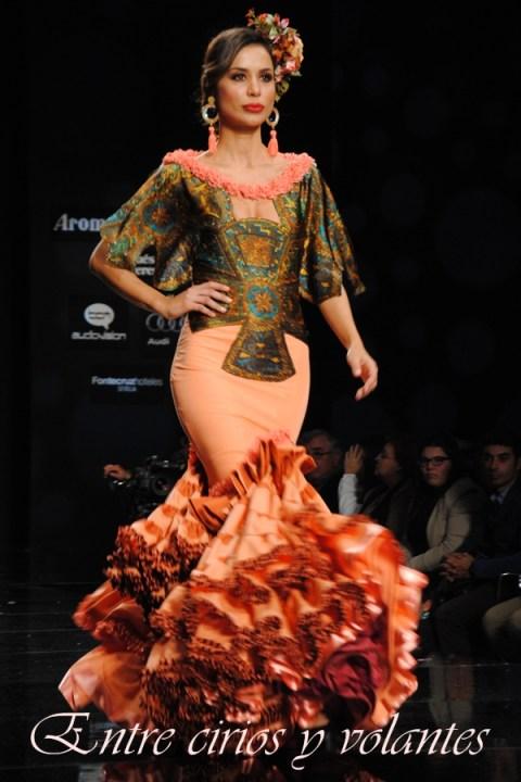 Traje de flamenca de Ana Moron Simof 2014