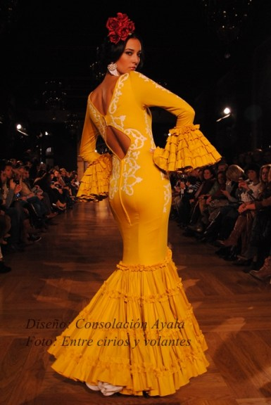 Consolacion Ayala trajes de flamenca 2015 5