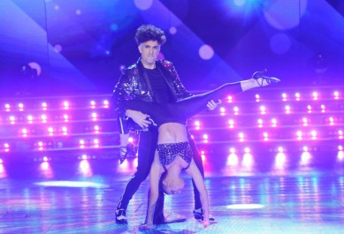 Favio-Posca-Bailando-2016-3