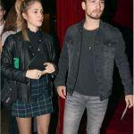 El actor español paseó por la noche porteña junto a su pareja