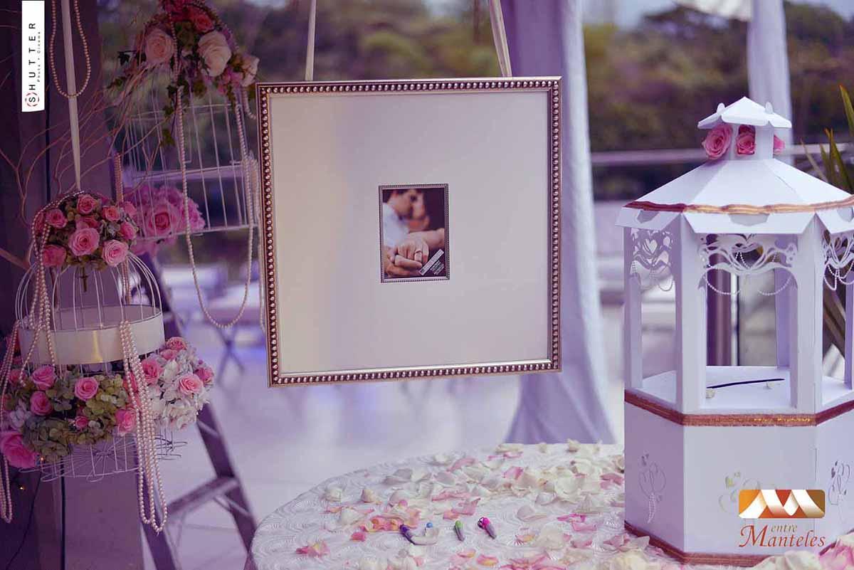 Flores El Elemento Ideal Para Tu Pastel De Bodas: Ideas De Bodas, Tendencias Matrimonios, Bodas 2014