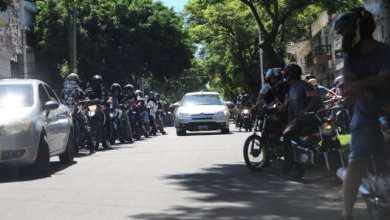 Photo of Hubo una caravana de motos para despedir al chico que se ahogó