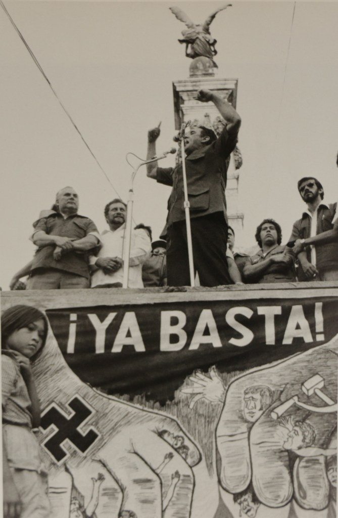 José Naopleón Duarte, PDC candidate, campaigning, San Salvador. March 1982. Photo from the book El Salvador, published by Writers and Readers Publishing Cooperative, 1983.