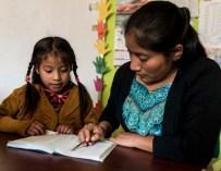 Los retos de enseñar una lengua indígena a la niñez