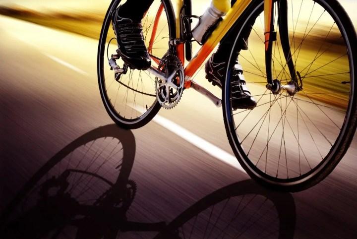 Mejores accesorios para aumentar la aerodinámica en el ciclismo
