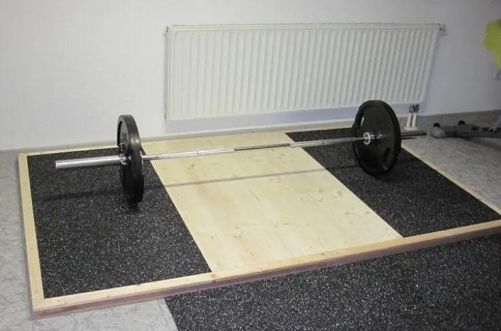 Gimnasio para powerlifting en casa