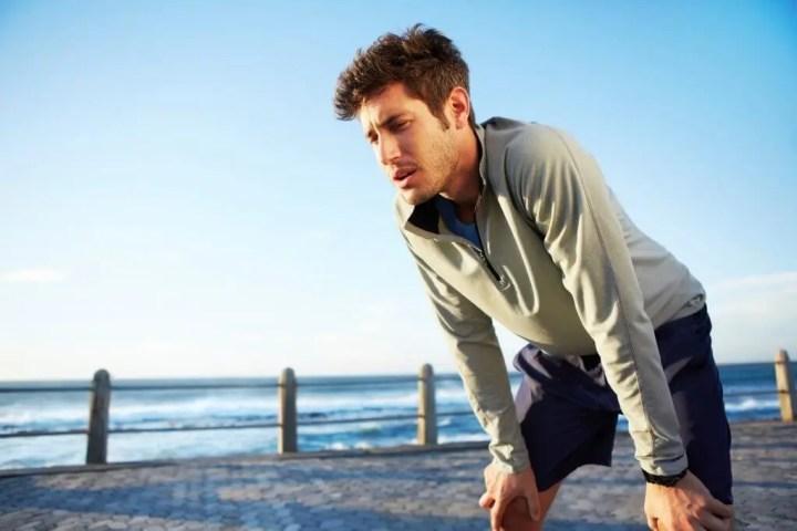 Aprender a respirar mientras corremos es básico
