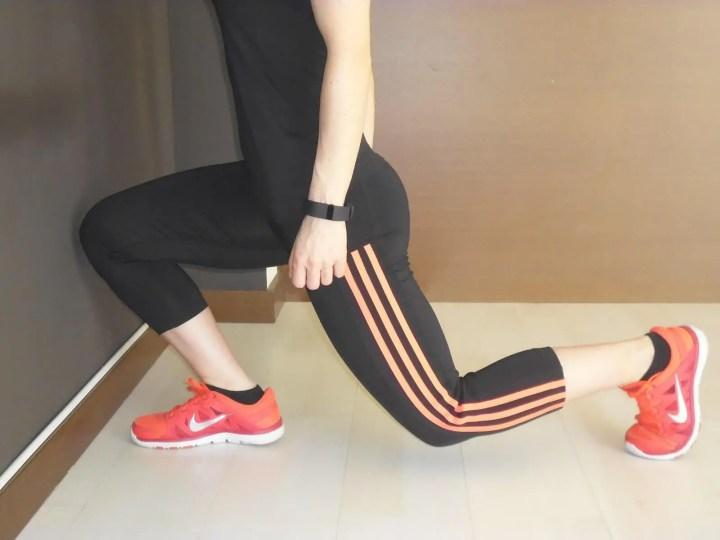Estiramientos de banda iliotibial para runners