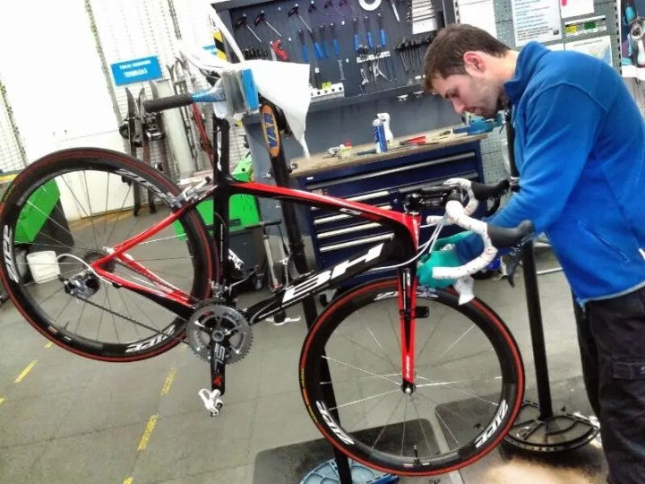 Cómo hacer un mantenimiento adecuado a tu bicicleta