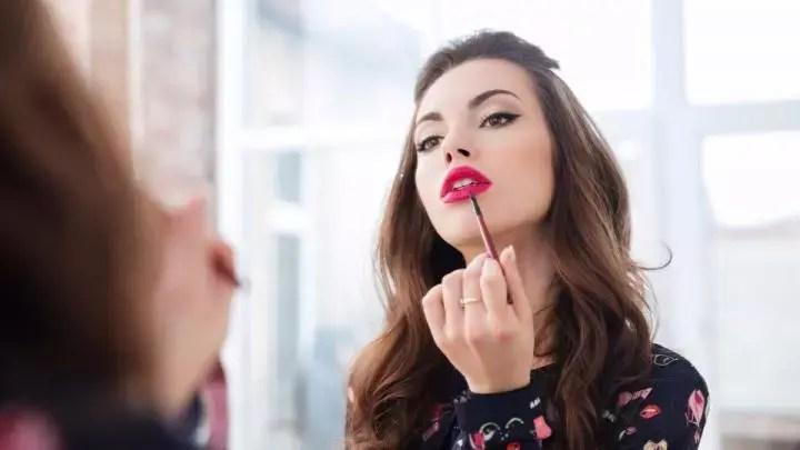 Un maquillaje excesivo puede dar una mala impresión de ti