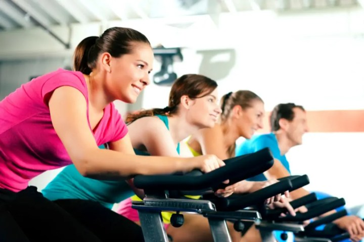 Beneficios de las clases de spinning para ciclistas