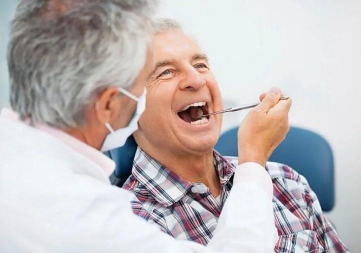 ¿Cómo la higiene bucal puede ser causante del Alzheimer?